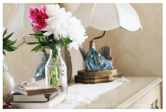 flowers_dresser